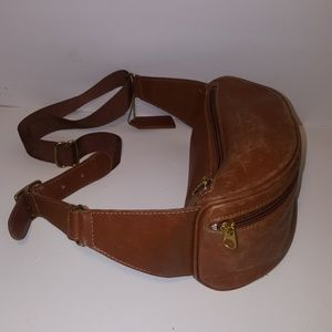 Vintage Coach brown distressed leather fanny pack